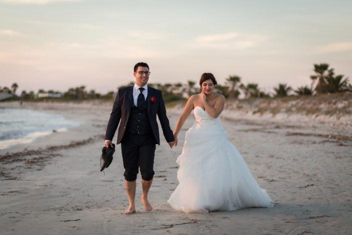 fotografia di matrimonio, scatto realizzato a Putzu Idu, provincia di Oristano. Sardegna