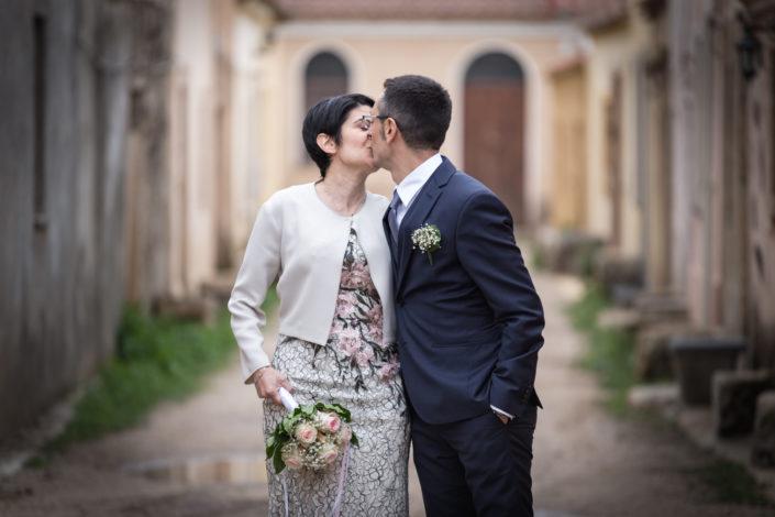 fotografia di matrimonio realizzata al villaggio di San Salvatore nel comune di Cabras, provincia di Oristano, Sardegna