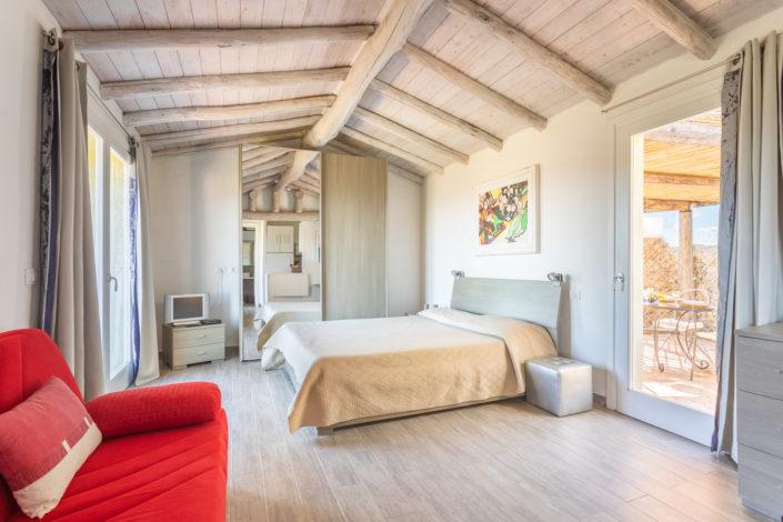 fotografia di interni realizzata a golfo aranci in sardegna per airbnb