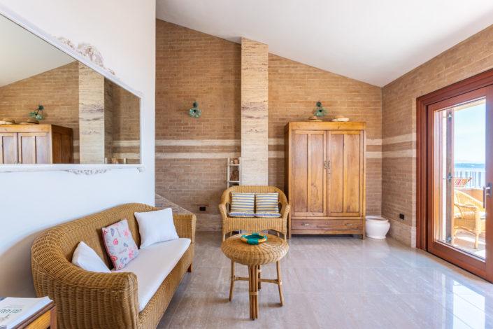 fotografia di architettura realizzata a Funtana Meiga, borgata marina del comune di Cabras per Airbnb