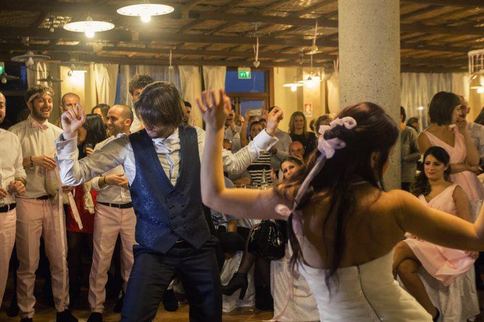 Fotografia di matrimonio realizzata a Cabras, provincia di Oristano. Festeggiamenti della coppia