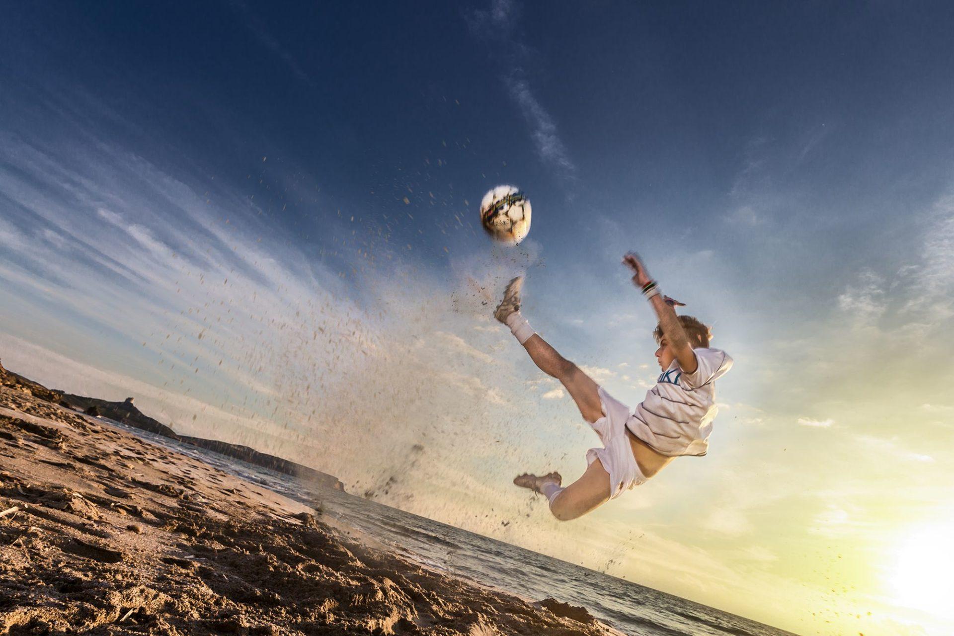 Ritratto realizzato per il Calendario dell'ACF Oristano. Foto scattata nella spiaggia di San Giovanni di Sinis